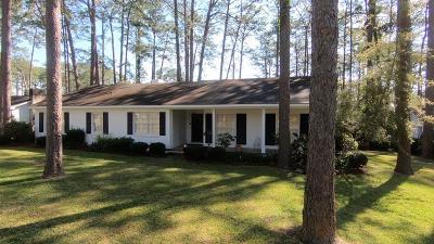 Waycross Single Family Home For Sale: 1506 St. Catherine's Drive