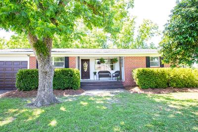 Waycross Single Family Home For Sale: 1837 Blalock Ave.
