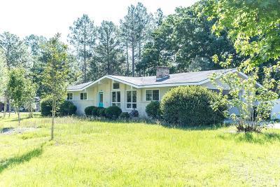 Blackshear Single Family Home For Sale: 902 Edgewood Cir