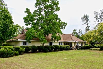 Waycross Single Family Home For Sale: 1002 N Augusta Avenue