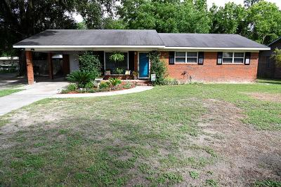 Waycross Single Family Home For Sale: 2108 Lakeview Dr.