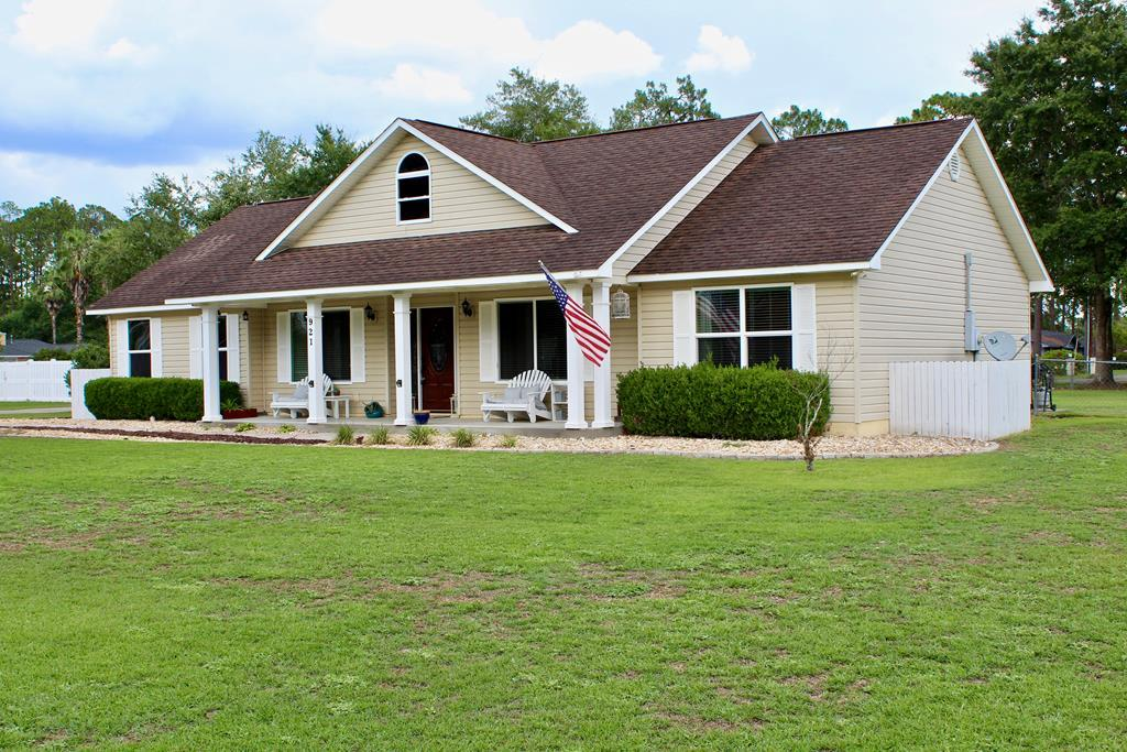 921 Jane Street Blackshear, GA  | MLS# 28927 | Real Estate in