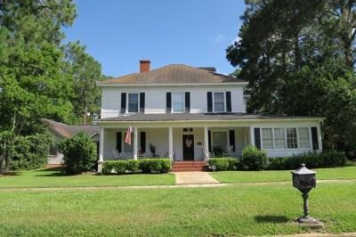 Pelham Single Family Home For Sale: 292 Hand Ave W