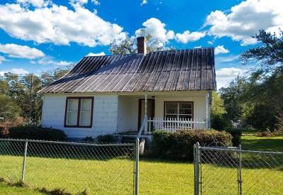Pelham Single Family Home For Sale: 179 Everett Street