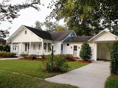 Barwick Single Family Home For Sale: 3072 S Massey St
