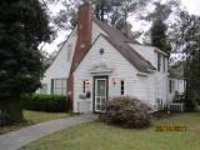 Ocilla, Irwinville, Chula, Wray , Abbeville, Fitzgerald, Mystic, Ashburn, Sycamore, Rebecca Single Family Home For Sale: 207 S Merrimac