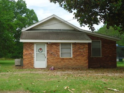 Brookfield, Chula, Tifton, Irwinville, Omega, Poulan, Sycamore, Sumner, Ty Ty, Ashburn, Rebecca Single Family Home For Sale: 45 T C Gordon Rd