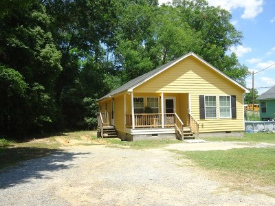 Brookfield, Chula, Tifton, Irwinville, Omega, Poulan, Sycamore, Sumner, Ty Ty, Ashburn, Rebecca Single Family Home For Sale: 1111 Sunnybrook Ave