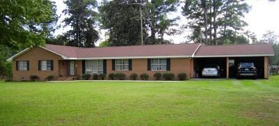 Ocilla, Irwinville, Chula, Wray , Abbeville, Fitzgerald, Mystic, Ashburn, Sycamore, Rebecca Single Family Home For Sale: 935 East Ga Hwy 32