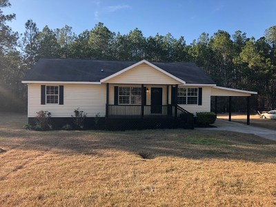 Brookfield, Chula, Tifton, Irwinville, Omega, Poulan, Sycamore, Sumner, Ty Ty, Ashburn, Rebecca Single Family Home For Sale: 1004 James Ave