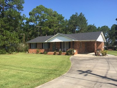 Brookfield, Chula, Tifton, Irwinville, Omega, Poulan, Sycamore, Sumner, Ty Ty, Ashburn, Rebecca Single Family Home For Sale: 1921 E Us Hwy 82