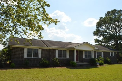 Brookfield, Chula, Tifton, Irwinville, Omega, Poulan, Sycamore, Sumner, Ty Ty, Ashburn, Rebecca Single Family Home For Sale: 1700 Isabella Terrell Rd.