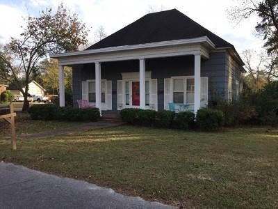 Ocilla, Irwinville, Chula, Wray , Abbeville, Fitzgerald, Mystic, Ashburn, Sycamore, Rebecca Single Family Home For Sale: 400 W Henderson St