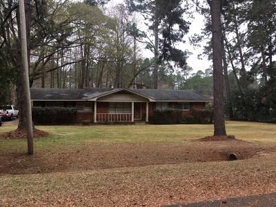 Ocilla, Irwinville, Chula, Wray , Abbeville, Fitzgerald, Mystic, Ashburn, Sycamore, Rebecca Single Family Home For Sale: 160 Lakeview