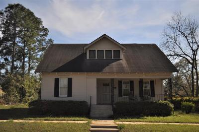 Ocilla, Irwinville, Chula, Wray , Abbeville, Fitzgerald, Mystic, Ashburn, Sycamore, Rebecca Single Family Home For Sale: 608 W Magnolia Street