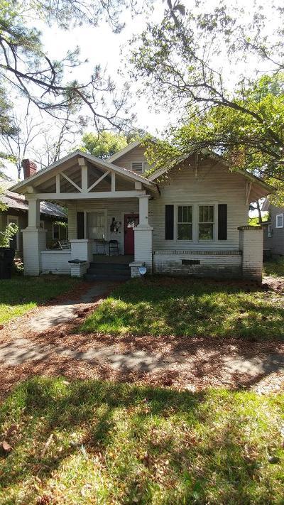 Ocilla, Irwinville, Chula, Wray , Abbeville, Fitzgerald, Mystic, Ashburn, Sycamore, Rebecca Single Family Home For Sale: 604 S Main Street