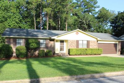 Brookfield, Chula, Tifton, Irwinville, Omega, Poulan, Sycamore, Sumner, Ty Ty, Ashburn, Rebecca Single Family Home For Sale: 2416 Chesnutt Avenue