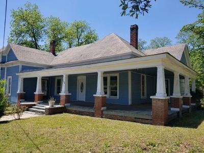 Poulan, Sumner, Warwick, Sylvester, Ashburn, Sycamore, Rebecca Single Family Home For Sale: 104 N. Hunton St.
