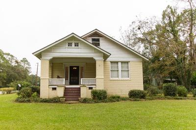 Brookfield, Chula, Tifton, Irwinville, Omega, Poulan, Sycamore, Sumner, Ty Ty, Ashburn, Rebecca Single Family Home For Sale: 621 Chesnutt