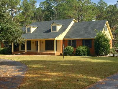 Brookfield, Chula, Tifton, Irwinville, Omega, Poulan, Sycamore, Sumner, Ty Ty, Ashburn, Rebecca Single Family Home For Sale: 109 Lakewood Drive