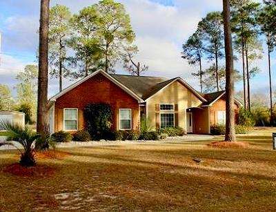 Brookfield, Chula, Tifton, Irwinville, Omega, Poulan, Sycamore, Sumner, Ty Ty, Ashburn, Rebecca Single Family Home For Sale: 4507 Raywood Dr