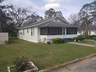 Brookfield, Chula, Tifton, Irwinville, Omega, Poulan, Sycamore, Sumner, Ty Ty, Ashburn, Rebecca Single Family Home For Sale: 1106 S Ridge