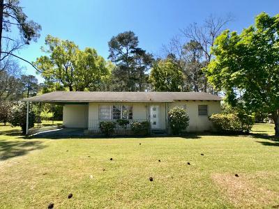 Ocilla, Irwinville, Chula, Wray , Abbeville, Fitzgerald, Mystic, Ashburn, Sycamore, Rebecca Single Family Home For Sale: 1311 Ga Hwy 32 East