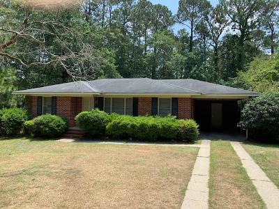 Brookfield, Chula, Tifton, Irwinville, Omega, Poulan, Sycamore, Sumner, Ty Ty, Ashburn, Rebecca Single Family Home For Sale: 1221 Belmont Ave
