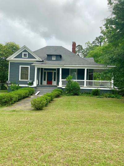 Lake Blackshear, Cordele, Warwick, Arabi, Ashburn, Rebecca, Sycamore Single Family Home For Sale: 415 East 5th Ave
