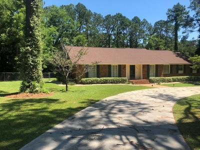 Brookfield, Chula, Tifton, Irwinville, Omega, Poulan, Sycamore, Sumner, Ty Ty, Ashburn, Rebecca Single Family Home For Sale: 601 W 26th St