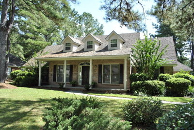 Single Family Home For Sale: 4714 Woodland Point