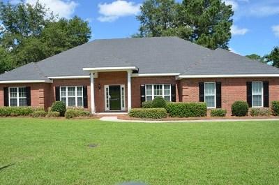Valdosta Single Family Home For Sale: 3728 Bermuda Run Drive