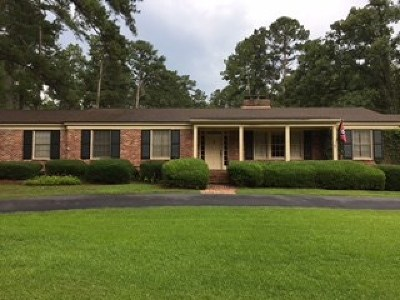 Single Family Home For Sale: 2437 Meadowbrook Drive