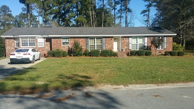 Berrien County, Brooks County, Cook County, Lanier County, Lowndes County Single Family Home For Sale: 505 Cedar Drive
