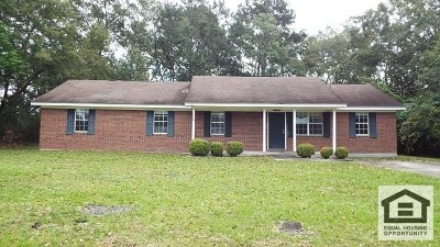 Berrien County, Brooks County, Cook County, Lanier County, Lowndes County Single Family Home For Sale: 205 S Newsome St