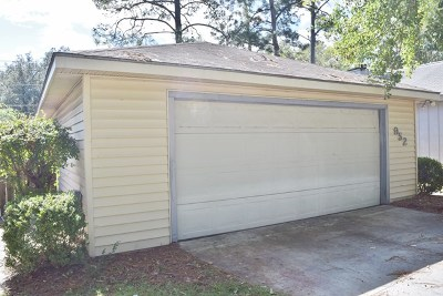 Single Family Home For Sale: 952 McAfina Trail