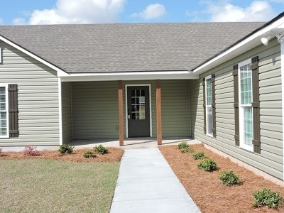 Adel Single Family Home For Sale: 401 Spanish Moss Lane
