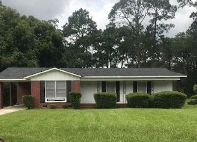 Berrien County, Brooks County, Cook County, Lanier County, Lowndes County Single Family Home For Sale: 916 Bunche Drive
