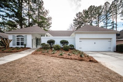 Lowndes County Single Family Home For Sale: 4440 Plantation Crest Rd