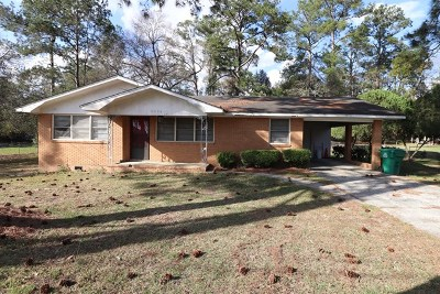 Berrien County, Brooks County, Cook County, Lanier County, Lowndes County Single Family Home For Sale: 1306 W Alden Ave.