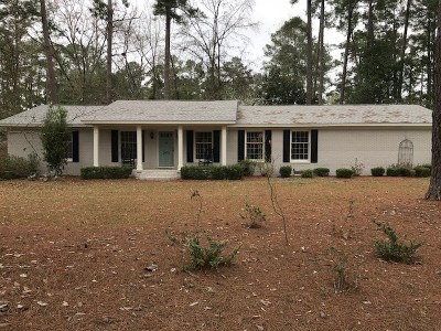 Berrien County, Brooks County, Cook County, Lanier County, Lowndes County Single Family Home For Sale: 2602 Jerry Jones