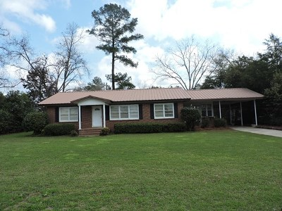 Berrien County, Brooks County, Cook County, Lanier County, Lowndes County Single Family Home For Sale: 207 S Cleveland