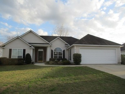 Berrien County, Brooks County, Cook County, Lanier County, Lowndes County Single Family Home For Sale: 3815 Edinburg Circle