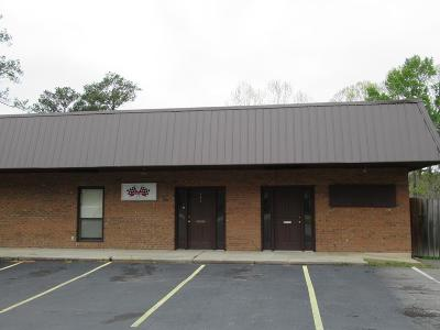 Lowndes County Commercial Lease For Lease: 902 Melody