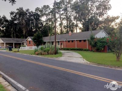 Lakeland Single Family Home For Sale: 36 Peachtree Street