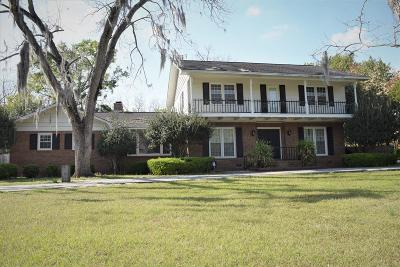 Single Family Home For Sale: 2514 Winding Way