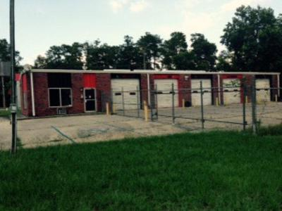 Valdosta GA Commercial For Sale: $325,000
