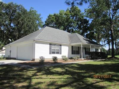 Lake Park Single Family Home For Sale: 5210 Golf Dr.