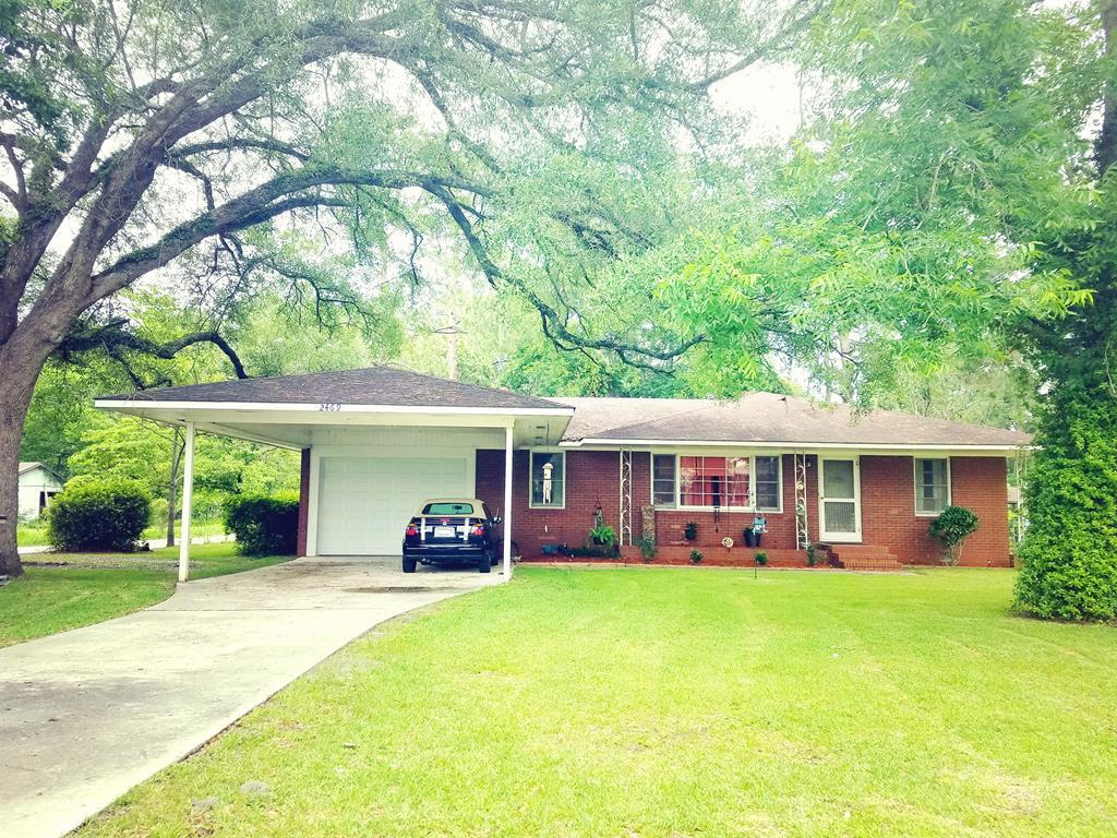 4 bed / 2 full, 1 partial baths Home in Valdosta for $134,500