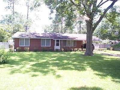 Berrien County, Brooks County, Cook County, Lanier County, Lowndes County Single Family Home For Sale: 114 Alabama Street